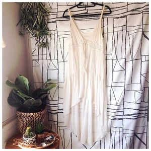 'Jade' Crochet Crepe Long-Line Tassel Tie Vest